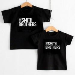 Kinder t-shirt, The....Brothers/sisters met je eigen naam