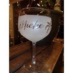Gin glas met uw naam en palmbomen